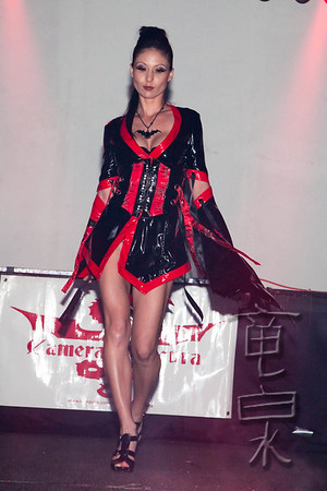 The BATCAVE's Dressed to Kill Fashion Show