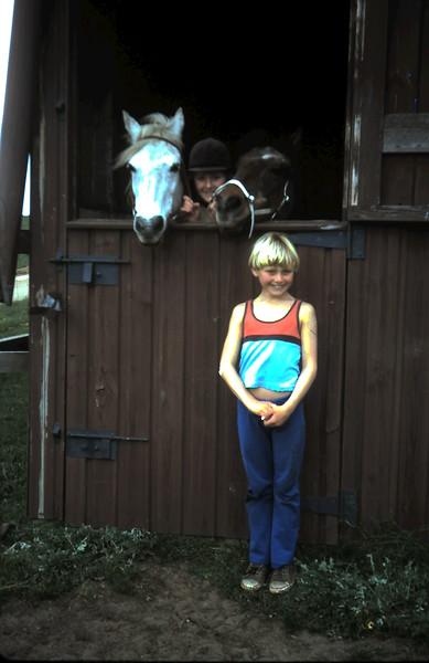 1977-8 (12) Susan 12 years, Andrew 8 years.JPG