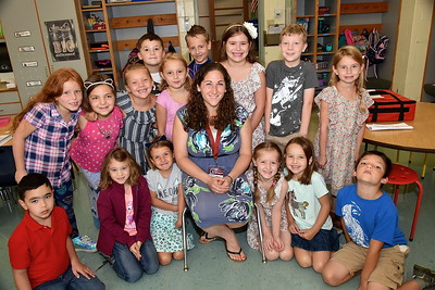 Meet Ms Snow's Second Grade photos by Gary Baker