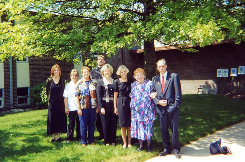39 Old Nicol Photos - Gary June Cindy Linda Chris Ilene Pam Nancy.jpg