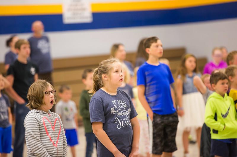 5th-grade-chapel-2018-10.jpg
