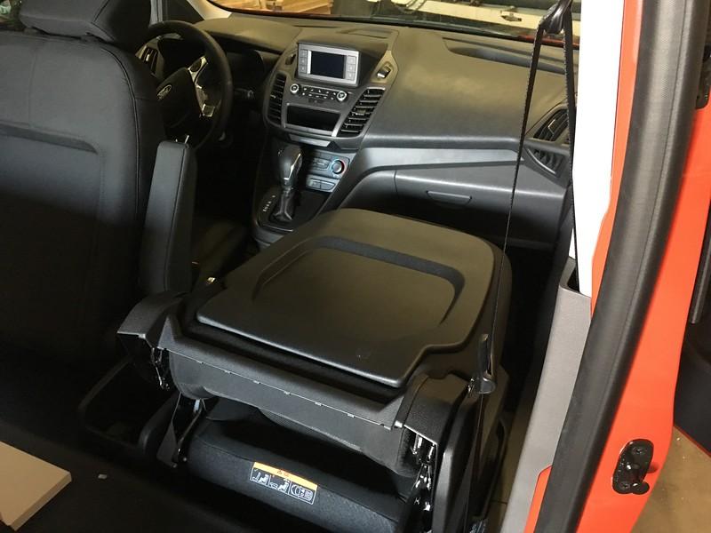 XL Trim Cargo Van - Front Seat Table