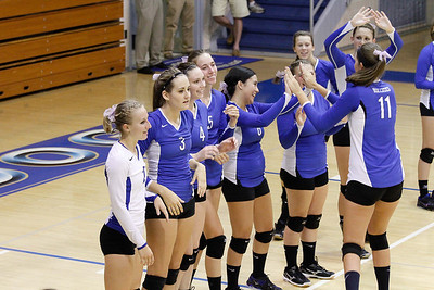 DHS Varsity Volleyball 08-29-2013