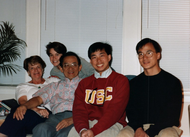 San_Francisco_1991_0002_a Aunty agnes, Uncle donald, Linda, Andy.jpg