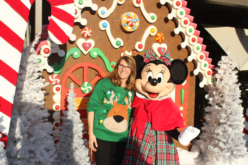 Walt_Disney_Imagineering_Holiday_2017_Individuals_ (31).JPG