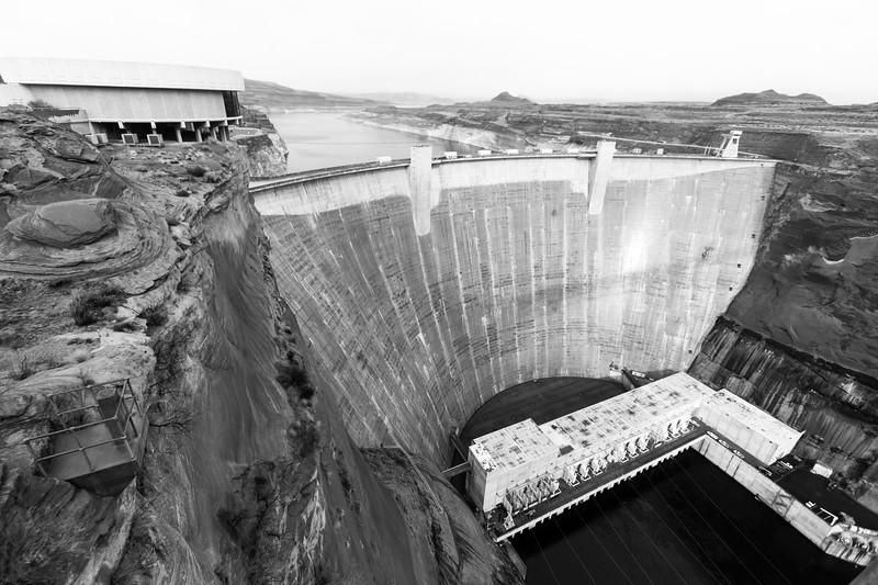 glen-canyon-dam-bw-2.jpg