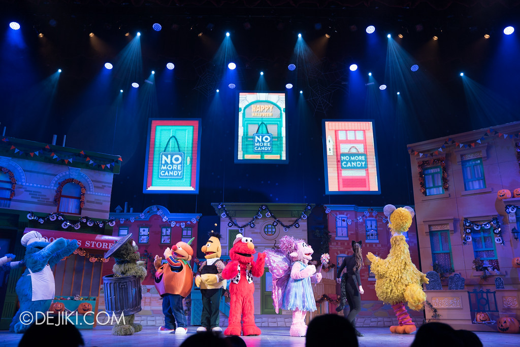 Halloween Horror Nights 7 Before Dark 2 Preview Update / New Show at Pantages Hollywood Theatre - Trick or Treat with Sesame Street - No Candy left at Sesame Street