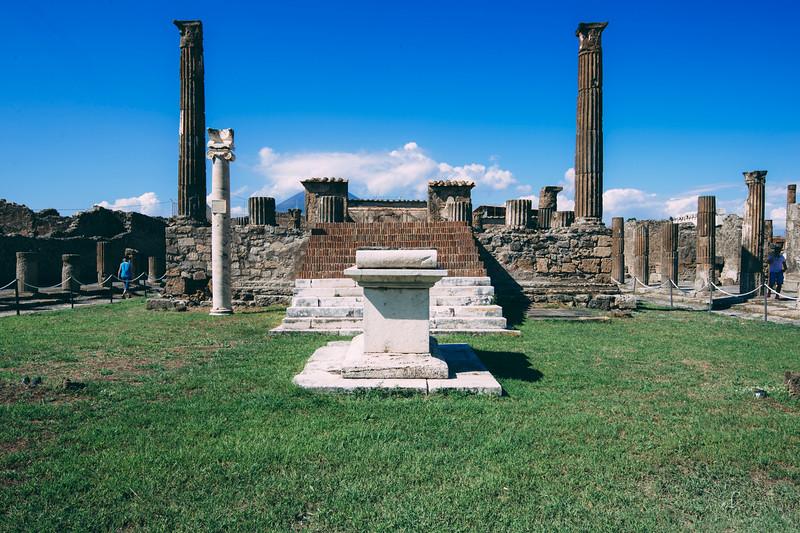 Pompeii2048.jpg