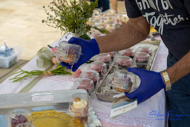 2020_May_10_RR_NLC_Cupcake_Parade (9 of 18).jpg