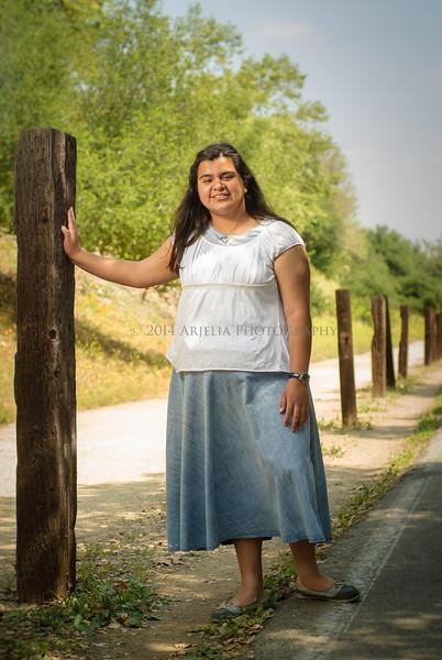 2014 Senior Rebecca-0106.JPG