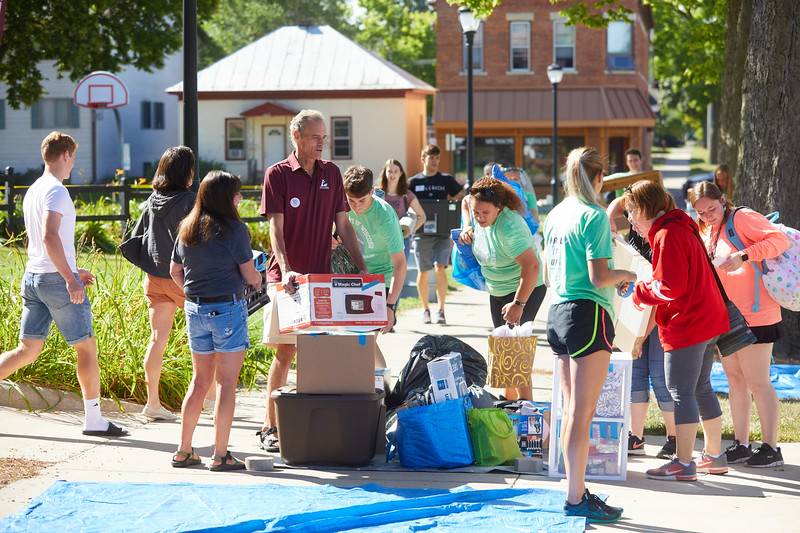 2019 UWL Fall New Student Move in Weekend NSO 0031.jpg