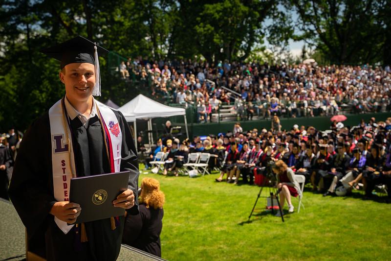 1905_26_graduation_pickhardt-05457.jpg