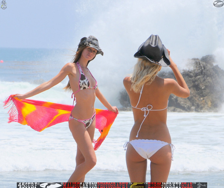 leo carillos surf's up beautiful swimsuit model 45surf 1585.best.book....