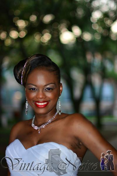 Joni's Bridal