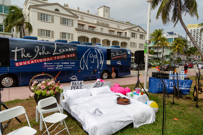 2018_11_03, Beach, Beach Bed In, Bed In, Bed In on the Beach, Bus, Come Together, Come Together Miami, Establishing, Exterior, FL, Florida, Miami, Miami Beach, The Betsy, The Betsy Hotel