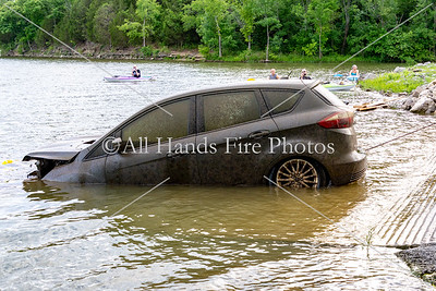 20180620 - Unincorporated Mount Juliet - Vehicle in the Water