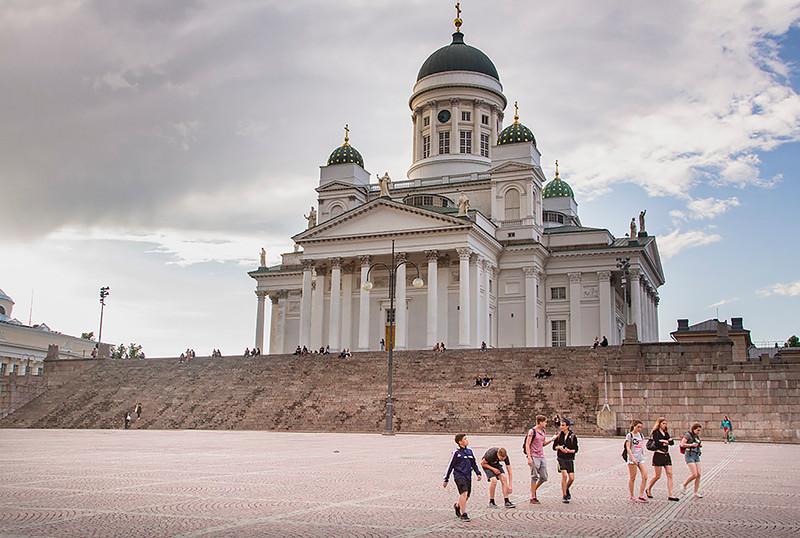 Tuomiokirkko, neo-classical Lutheran church, Helsinki, Finland