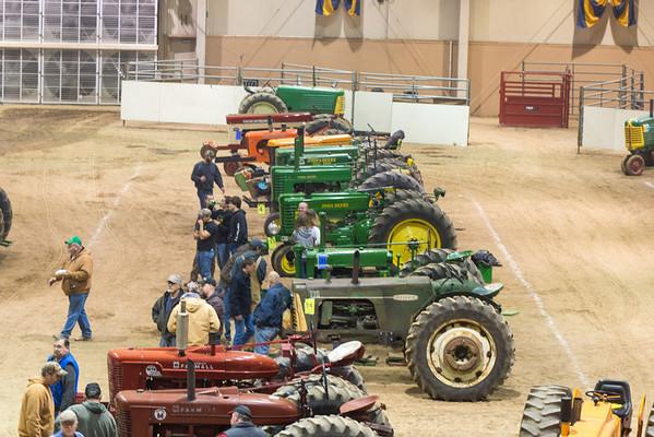 Farm Show Tractor Pull