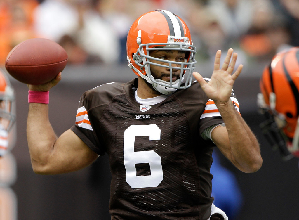 . News-Herald file Cleveland Browns quarterback Seneca Wallace sets to pass in the first quarter of an NFL football game against the Cincinnati Bengals, Sunday, Oct. 3, 2010, in Cleveland.