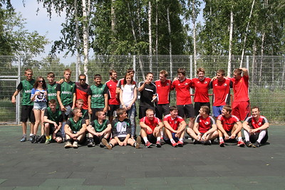 Белые Медведи (Челябинск). Товарищеский матч по футболу с болельщиками. 28 июня 2014
