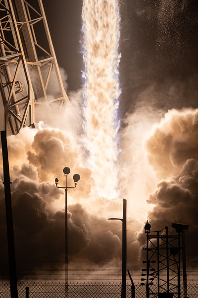 Falcon 9 launches JCSAT-18/Kacific1