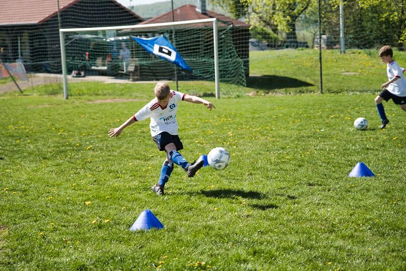 hsv-fussballschule---wochendendcamp-hannm-am-22-und-23042019-y-48_46814448585_o.jpg