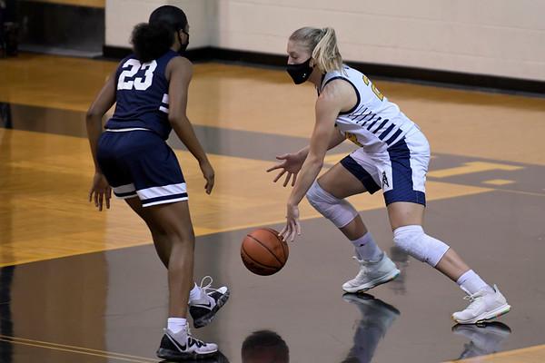 Mt. Pleasant vs Arthur Hill  girls Basketball 2-23-2021
