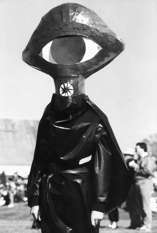 . A man dressed as an invading Martian walks through a field in Grovers Mill, New Jersey, Saturday, Oct. 29, 1988 during a celebration of the 50th anniversary of Orson Welles� �War of the Worlds� radio show. The 1938 show featured factious Martians invading the New Jersey town, which unwittingly convinced up to 1 million Americans that the broadcast was real and the end of the world was at hand. (AP Photo/Chris Lischy)