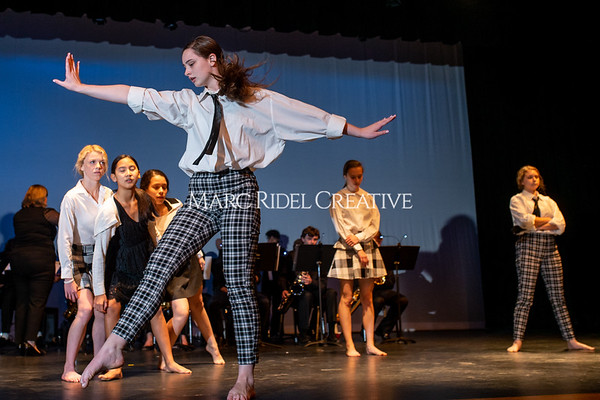 Broughton dance fusion dance rehearsal. November 15, 2019. D4S_0748