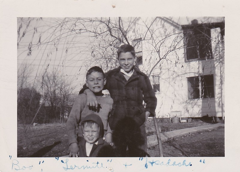 Bobby Johny Billie Spring 1948.jpg