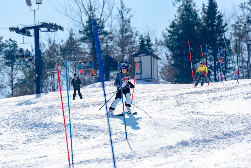 Standard-Race_2-3-18_Snow-Trails-73503.jpg