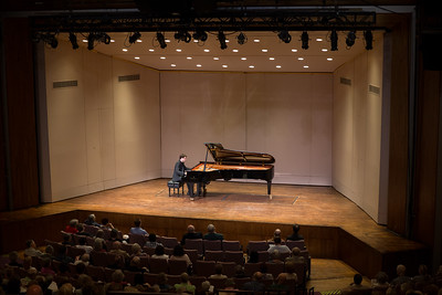 Francesco Piemontesi Concert