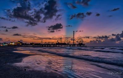 Pleasure Pier  - Galveston, Texas - Sunrise    8-21-19