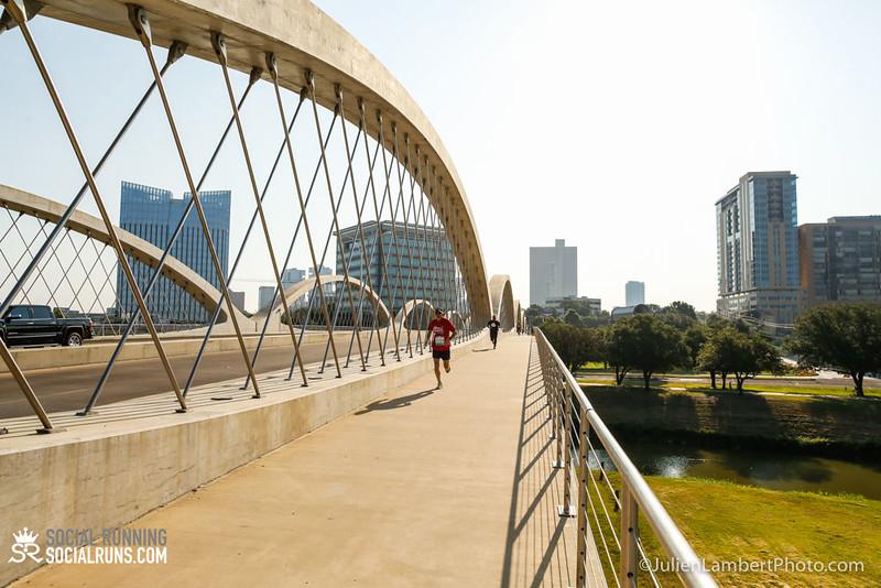 Fort Worth-Social Running_917-0043.jpg