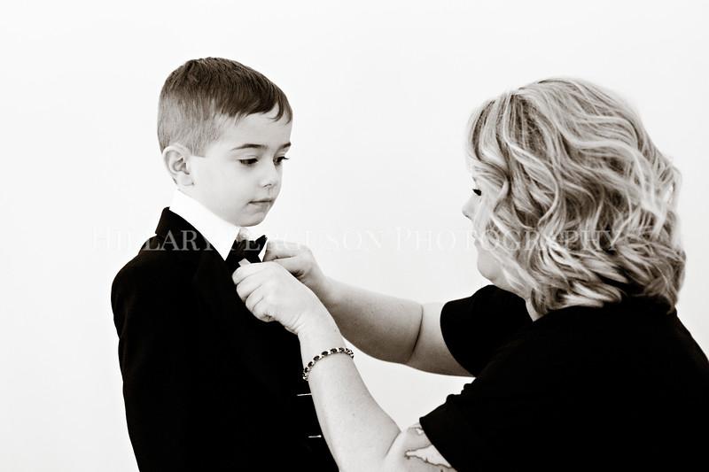 Hillary_Ferguson_Photography_Melinda+Derek_Getting_Ready352.jpg