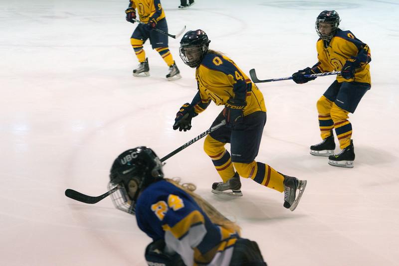 20130310 QWHockeyvsUBC 705.jpg