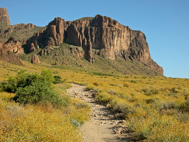Apache Junction 032 edited.jpg