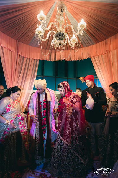 best-candid-wedding-photography-delhi-india-khachakk-studios_61.jpg