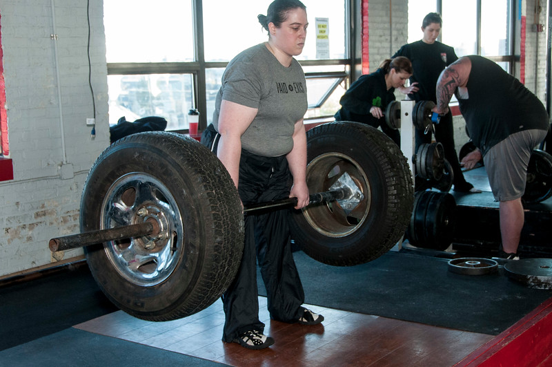 Strongman Saturday 11-10-2012 (Deadlift)_ERF0476.jpg