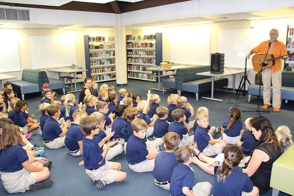 Alumni Member, Peter Alsop, Visits PreK-3rd Grade