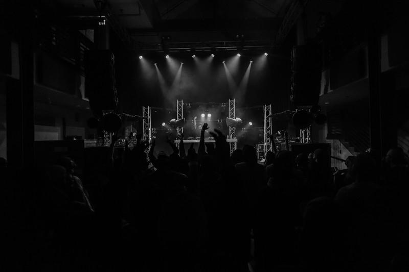 1-26-20 Ten Mile Music Hall Trunkz black and white-12.jpg