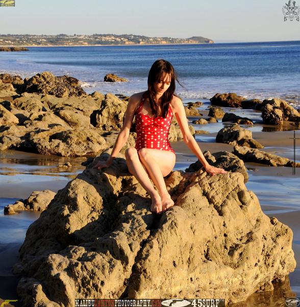 matador swimsuit malibu model 879..453.223434.jpg