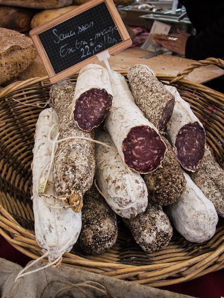 aix en provence market salami-7.jpg