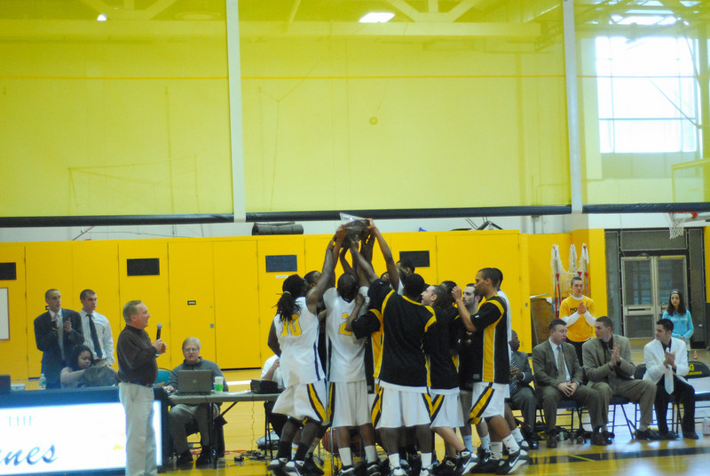 20090301_MCC Basketball_5736.JPG