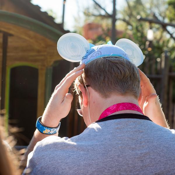 Big Thunder Mountain Railroad - Hang on to Hats & Glasses - Magic Kingdom Walt Disney World
