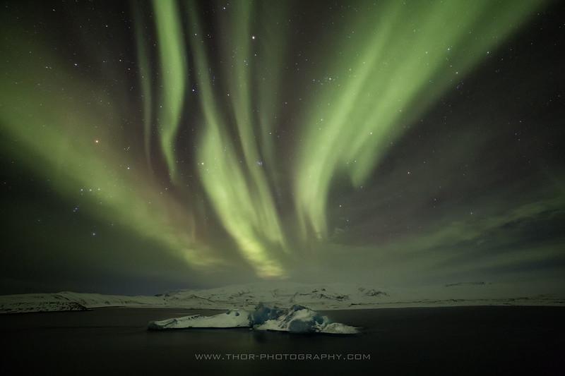 Lónið-norðurljós.jpg