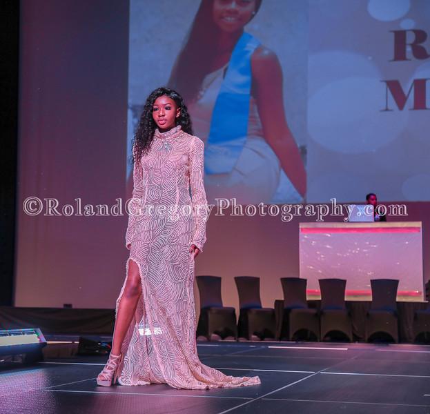 100 Womens Fashion show2019-3339.jpg