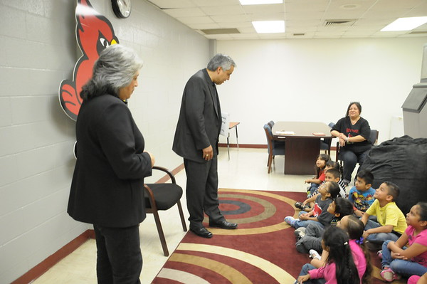 Dr. Cavazos Visits Kinder