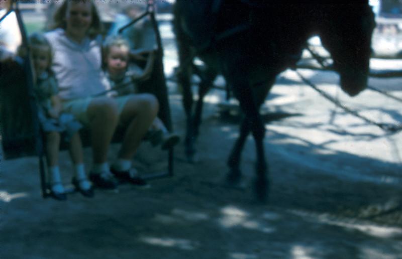 0924 - Jeannette, Linda, Mike (8-65).jpg