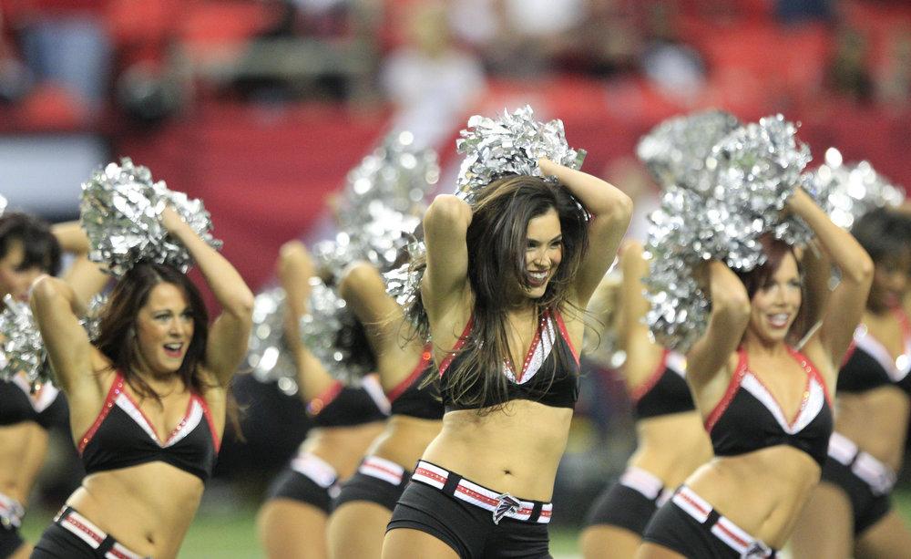 . Atlanta Falcons cheerleaders in the NFL NFC Championship football game in Atlanta, Georgia January 20, 2013. REUTERS/Sean Gardner
